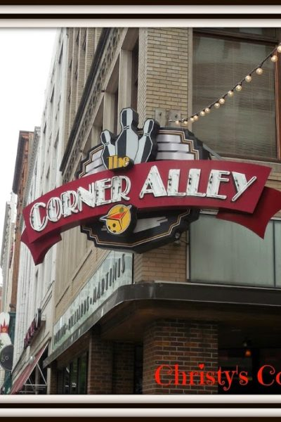 The Corner Alley: Eat and Play #WyndhamWeekends