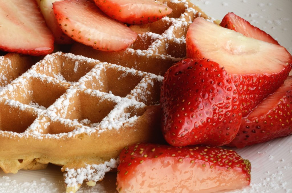 waffle_with_strawberries_and_confectioners_sugar