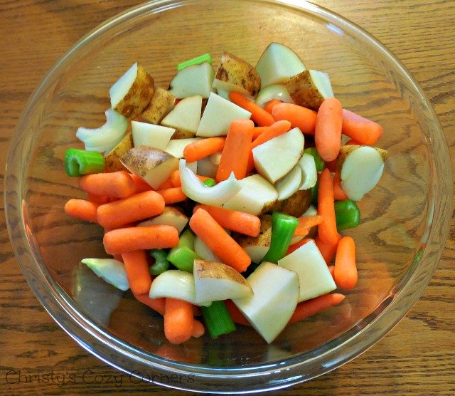 Simple and Delicious Pot Roast with Vegetables