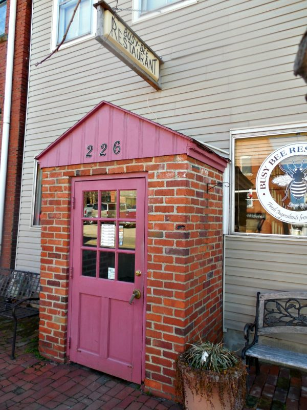 4 Great Places to Eat in Marietta, Ohio: Busy Bee