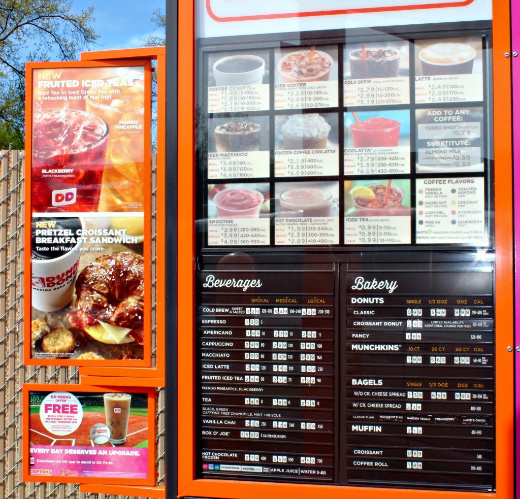 Road Trippin' with Dunkin' Donuts and a Pretzel Croissant Breakfast Sandwich