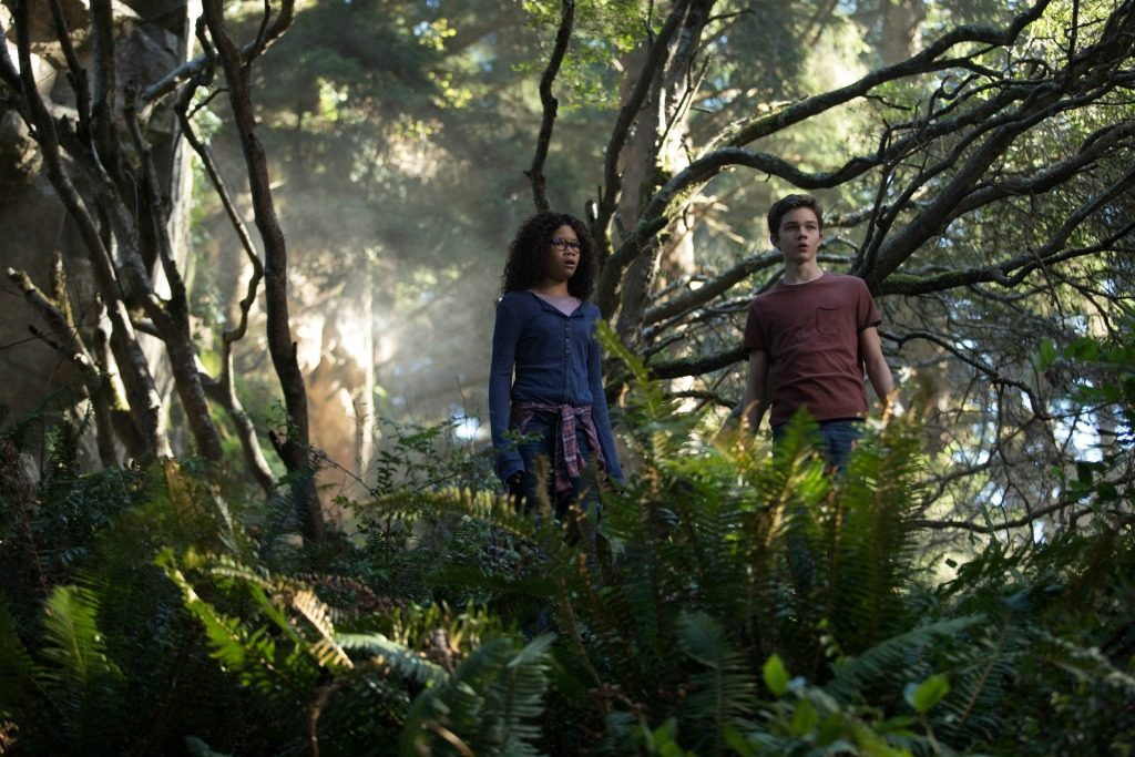 A Wrinkle in Time Trailer: Defeat the Darkness Become the Light