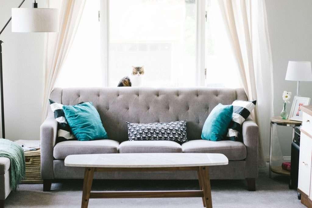 Easy Living Room Makeover Ideas