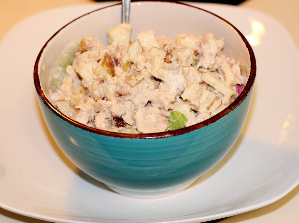 Tuna Salad with Apples and Walnuts