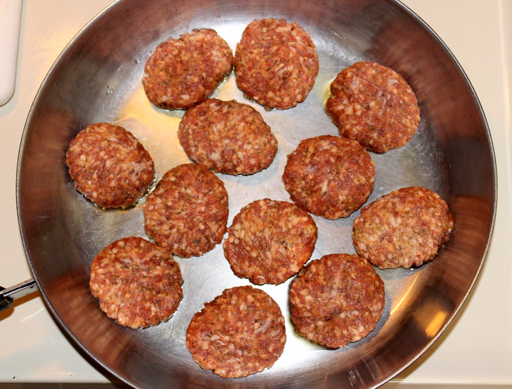 Make Mealtimes Easier with Carando® Meatballs