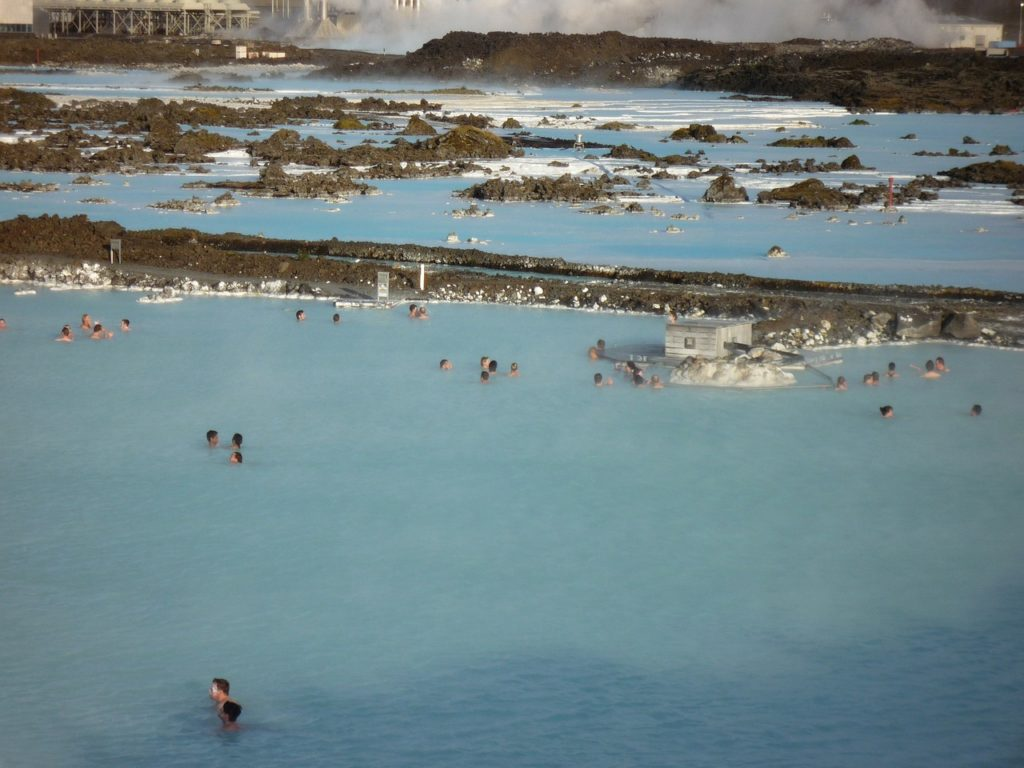 Five Spots To Visit On Your Honeymoon in Iceland