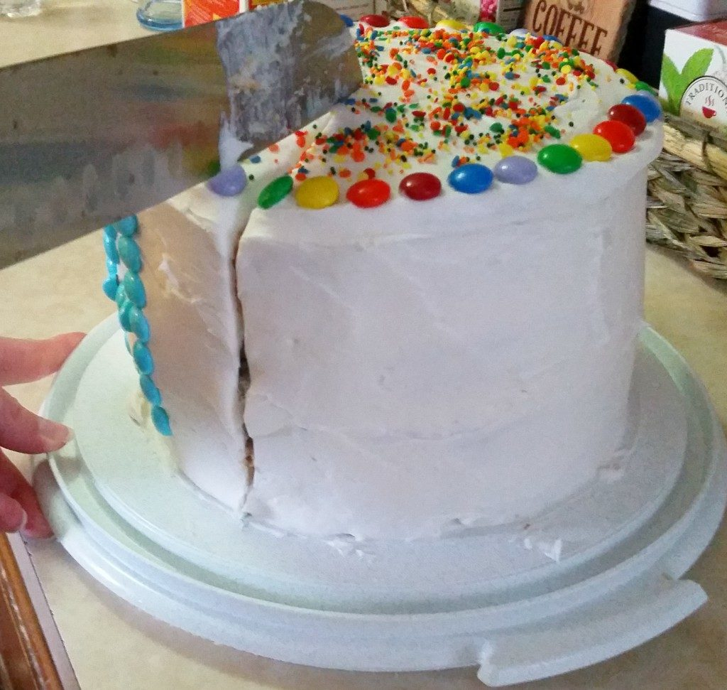 Make this Avengers Cake for a Marvel Infinity War Party #InfinityWar