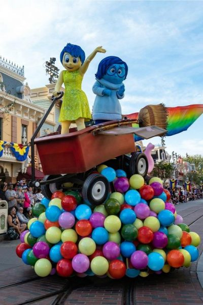 Inside Out Riley's Memories Trix Treats and Inside Out Pixar Pier Food #PixarFest