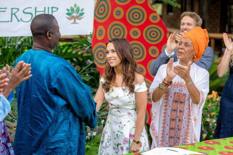 Love on Safari Premieres on Hallmark Channel July 28
