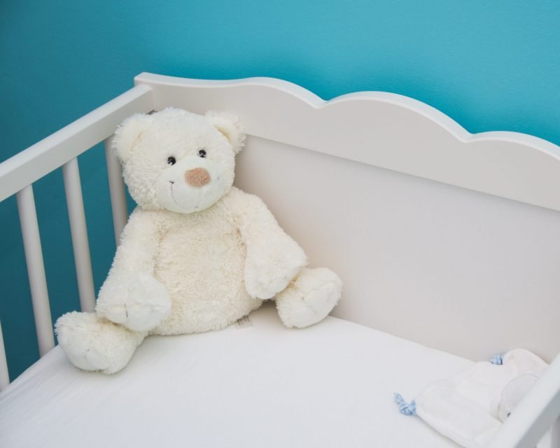 What You Need Besides a Newborn Pillow for Your Baby's Crib