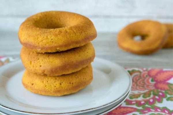 A Pumpkin Donuts Recipe plus Pumpkin Desserts Roundup