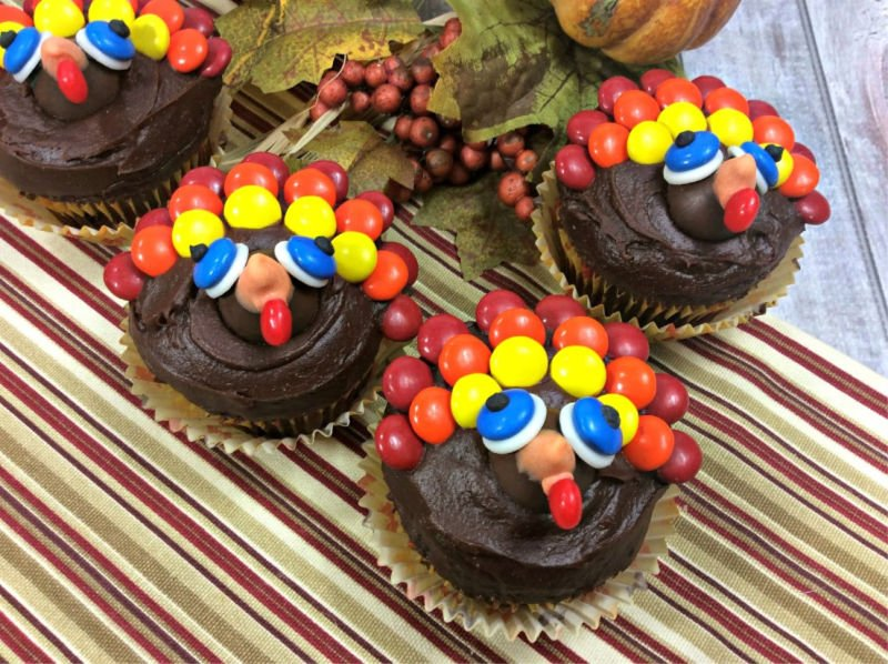 Cute Turkey Cupcakes Thanksgiving Dessert Ideas