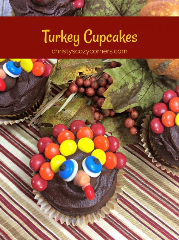 Cute Turkey Cupcakes and Thanksgiving Printable