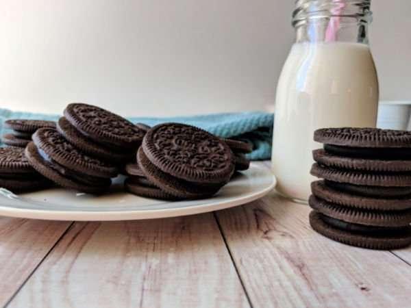Dark Chocolate OREO Cookies and Milk