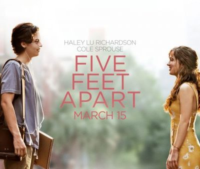 Cole Sprouse and Haley Lu Richardson in Five Feet Apart